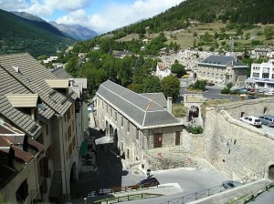 640px-Place_forte_Briancon_(FR-05100)